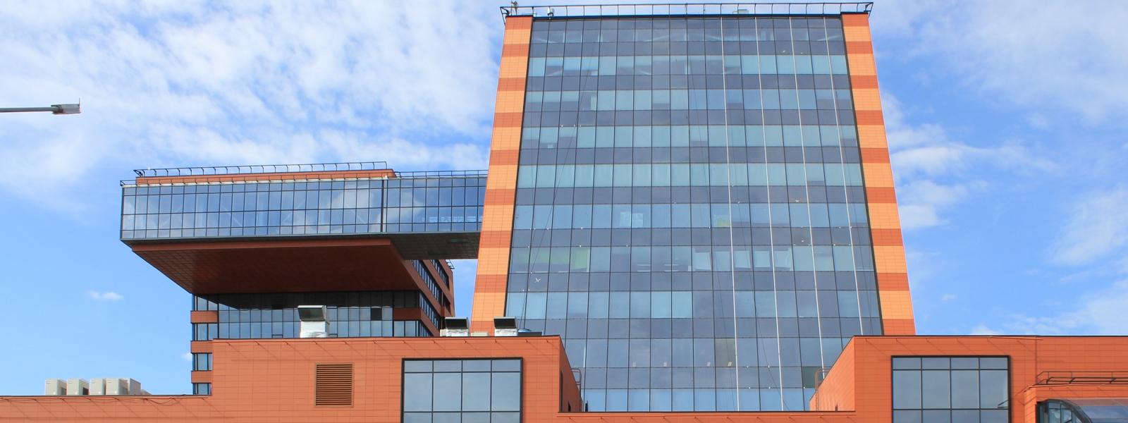 work-Многофункциональный комплекс технопарка Новосибирского Академгородка